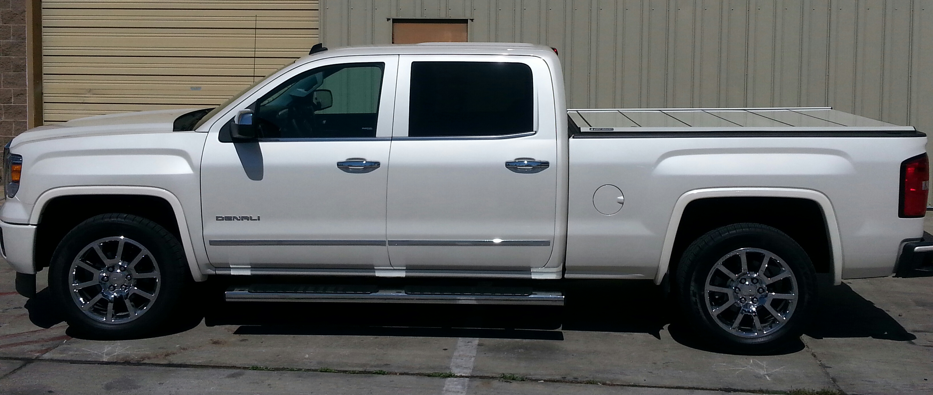 sale tonneau beds closed gmc for buying truck guide toyota cover lorado